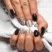 French Manicure Maniküre Fingernägel